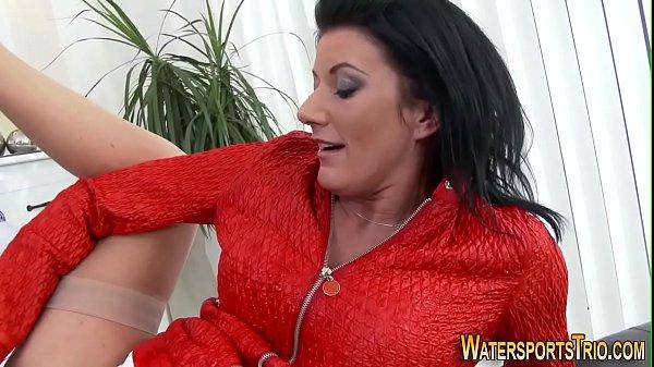 Домашние пухленькие анал жены порно ебля