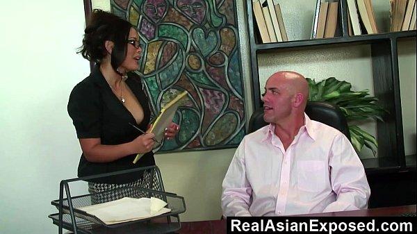 Очень большие жопы красавиц порно фото