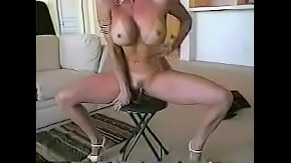 Русский секс женщиной с мокрой пиздой