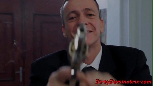 pochemu-masturbiruyut-zamuzhnie-zhenshini-seks-lesbiyanki-video