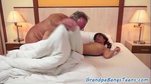 Обучение анальному сексу