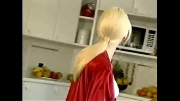 Гей в женском нижнем белье