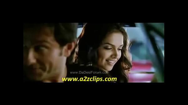 All Kisses From Movie Love Aaj Kal Of Deepika Padukone ( HIGH QUALITY)