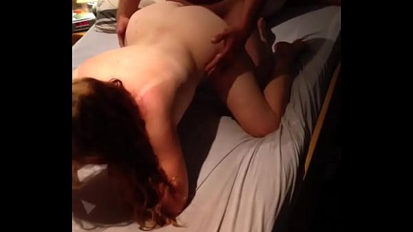 Порно жесткое лишение девственности отвёрткой