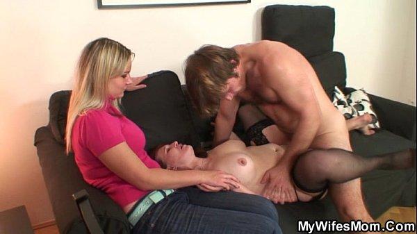 Free interracial midget porn