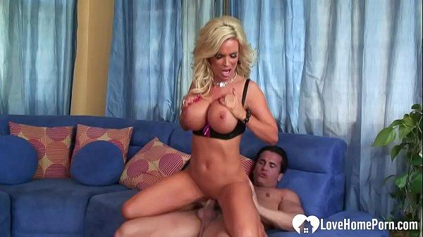 Порно минет со взрослой