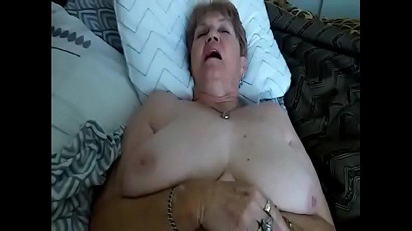 Большие сиськи бабушкини
