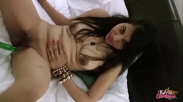Indian Sex Scandel Video: Gujarati Indian Porn Of Kavya Sharma