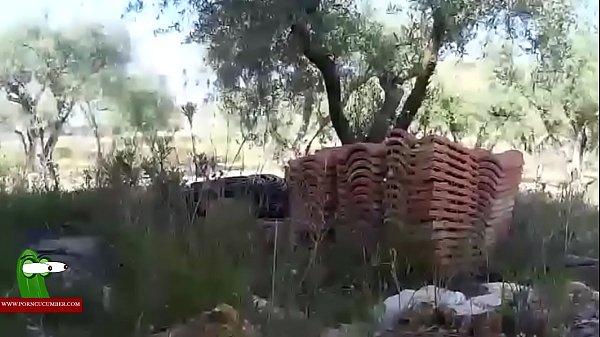Девушка ебет сваю опититную писку