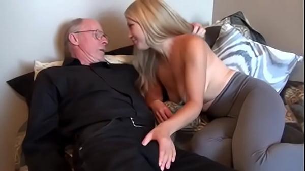 Секс мужика трахают