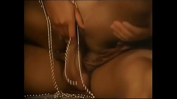 Марко поло в китае порно, брюнетка в кружевных трусиках минет