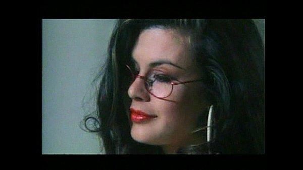 Онлайн смотреть красивые эротические ретро фильмы с сюжетом испания