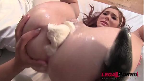 Жесткий лесбийский секс