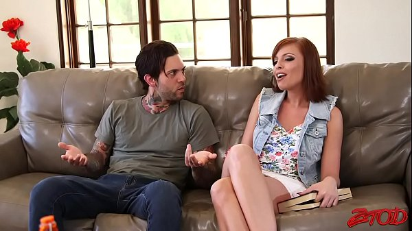 Britney Amber The Hot Mother In Law Give Tips To Have Fun!