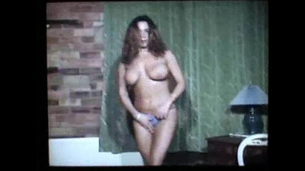 Возрастные дамы и молодые парни порно видео