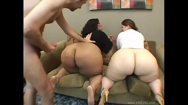 Bucetas gordas da esposa e da amiga cuzuda delicia