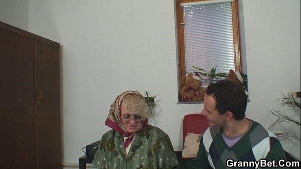 Порннопажелыми старыми женщинами
