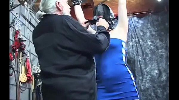 На осмотре у гинеколога скрытая камера