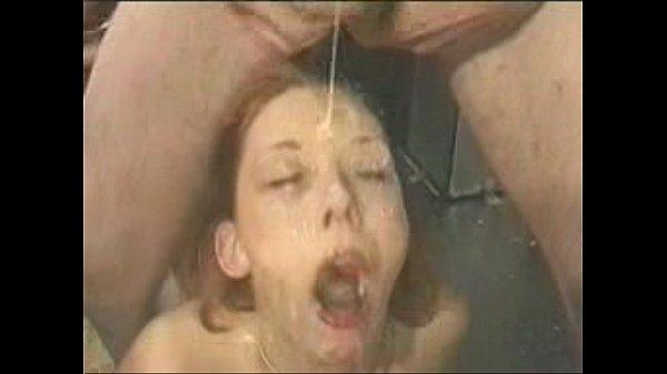 Женщины в военной форме порно ролики
