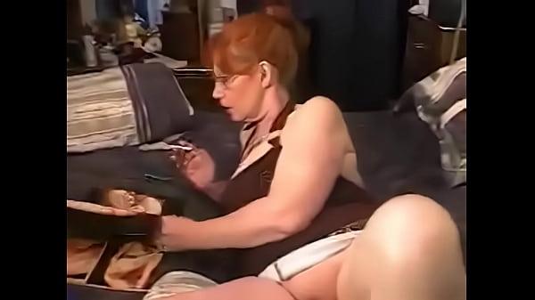 Порно сын ебет маму пизду