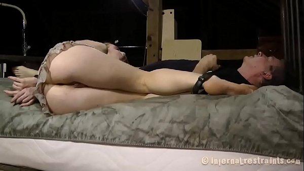 Порно видео жесткий кончоющие