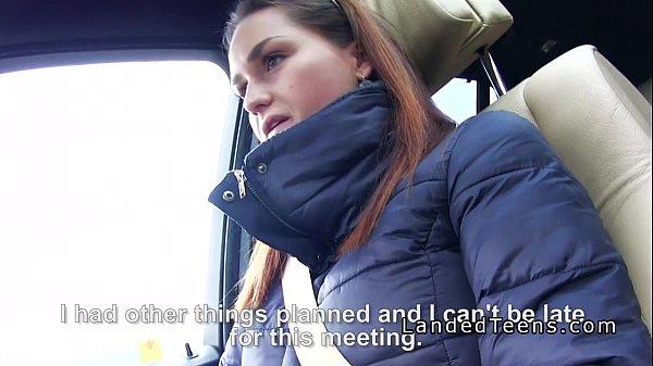Изменила мужу пока он ждал в машине