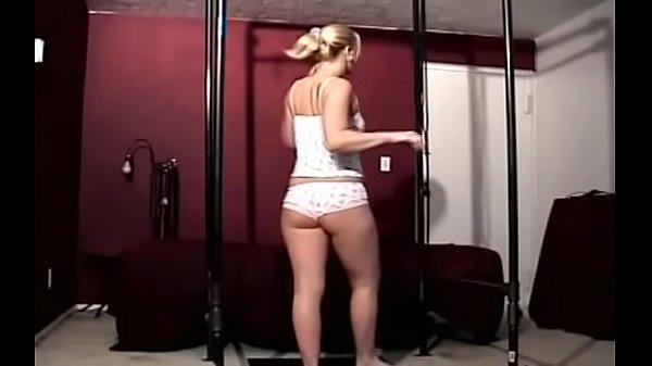 Русскон порно привязала к кровати