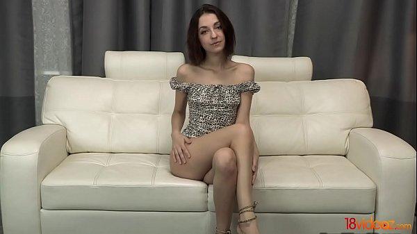 Порно с молодыми стройными