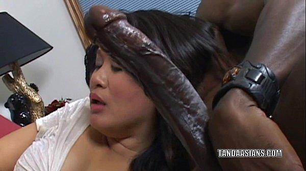 Curvy cuties sucking dick
