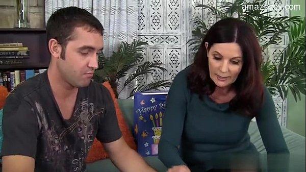 Порно лесбиянки русский мама и дочь
