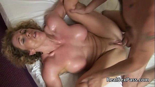 Смотреть сейчас бешеный анальный секс