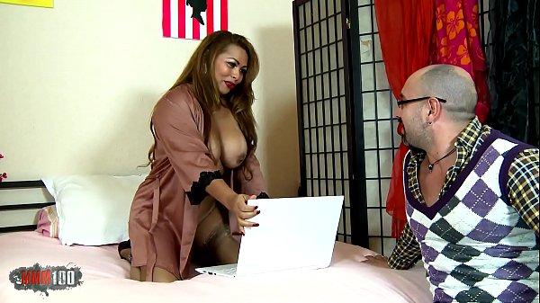 Сексмама дает сыну когда он дрочил