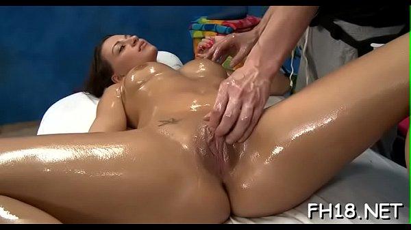 Смотреть порно фото разрыв целки