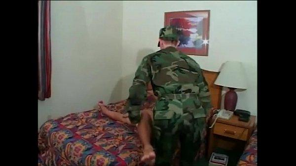 Солдаты геи трахаются гей порно онлайн