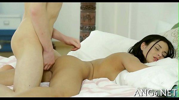 Русская мама учит сына заниматься секс