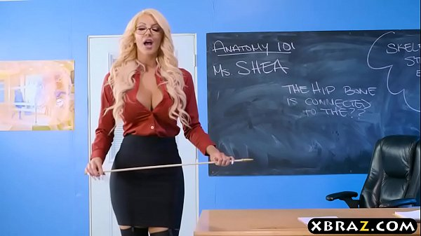 blackbig booty shemales