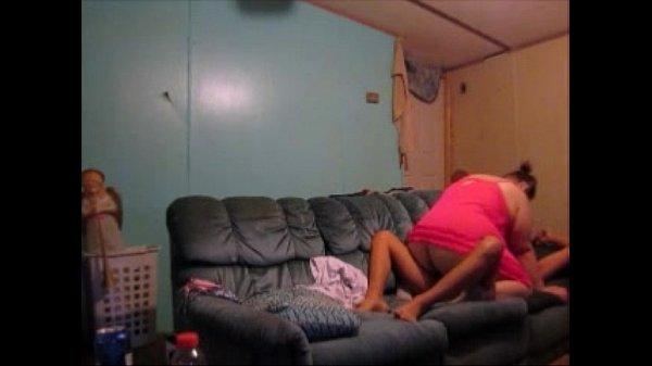 Домашнее видео как жена сосет у мужа