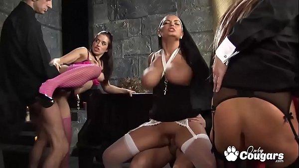 Секс большие жопы большие сиськи