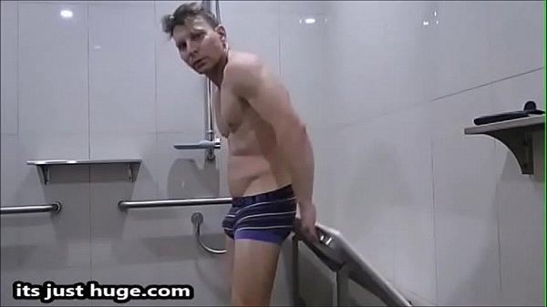 2019-01-01 01:01:22 - Footy Player - strips to briefs Flexing Locker Room Video Fetish underwear - Zak Rogerz 2 min  http://www.neofic.com