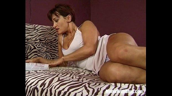 Mature anal brunette