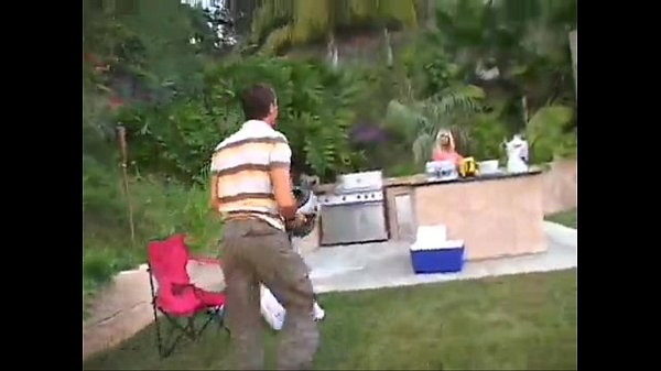 Смотреть как опускают мужиков на зоне порно видео