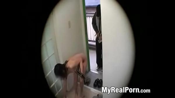 Телки познакомились с парнем порно