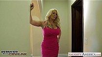 Blonde cougar Alura Jen...