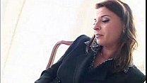 Luscious seductress mak...
