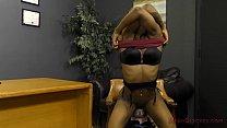 Ebony Secretary Makes H...