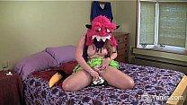Curvy Nicole Fingering ...