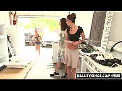 RealityKings - Money Talks - Esmi...