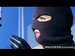 Brazzers - Doctor Adventures - Phoenix...