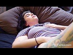 Tattooed Yanks Lua Snow Masturbating