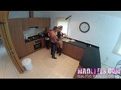 thumb madlifes com    reality show porno espanol orgia en la cocina